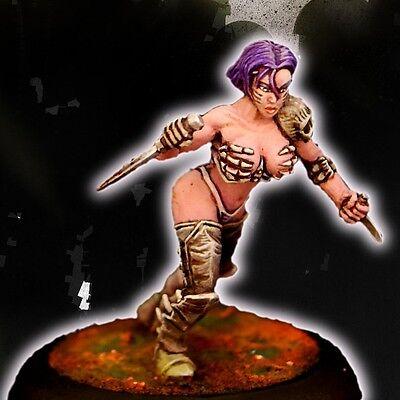 - ANOTHER WORLD MAIA sexy female CHAOS female warrior scale  warhammer dark eldar