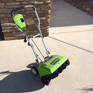 Electric Snowblower by GREENWORKS