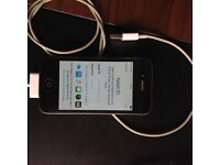 iPhone 4 -16gb one owner from new