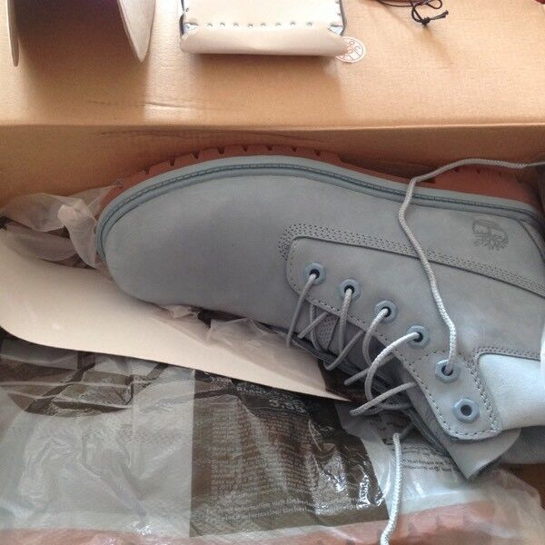 Timberland boots 6 NEW