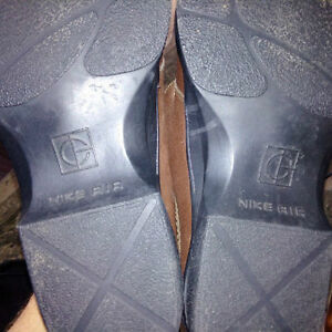 Cole Haan - Nike Air Country loafer 10.5 chocolate brown Kitchener / Waterloo Kitchener Area image 3