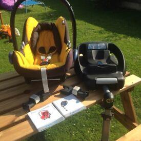 Maxi Cosi iso fix baby car seat in Yellow