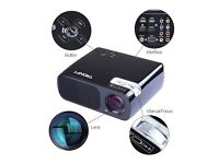 Tronfy portable hd led projector adjustable focus 800*400 LCD Panel 2600 lumens