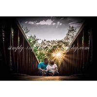 Photographer: engagement sessions and weddings