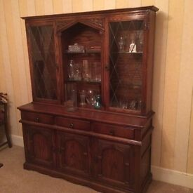 """Old style"" dresser"