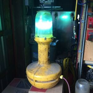 400 Watt wobble light, used but fully functional