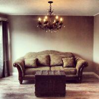 Beautiful One Bedroom + Den - HEART OF KENSINGTON!!!