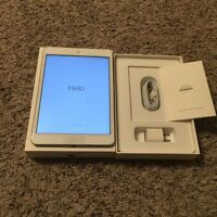 Just like new iPad mini 16GB white in original packaging