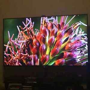 "Sony 55"" 4k 3D TV with Remote"