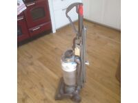 Dyson vacuum cleaner *spares or repairs*