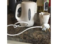 Travel Kettle & Mugs