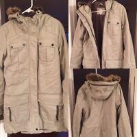 Manteaux d'automne à vendre