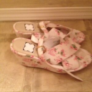 New Nana 2 pink and white sandals size 8-$5