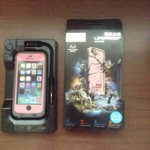 Life Proof iPhone 5 & 5s case