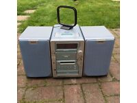 AIWA hifi (stereo with CD, MD, Tape, AUX and radio)