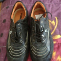 black runners size 42 new
