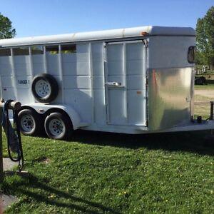 Logan 2/3 horse trailer for sale