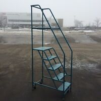 Rolling Warehouse Step Ladder