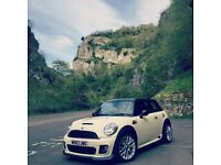 Mini Cooper S 1.6 JCW Sport chilli pack Still under warranty and service package