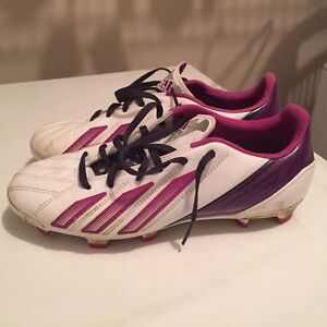 Adidas women's f30 leather soccer cleats