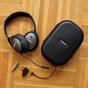 BOSE QuietComfort 25 Acoustic Noise Cancelling headphones Downtown-West End Greater Vancouver Area image 1