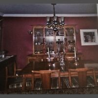 Antique beautiful dining table and 6 chairs