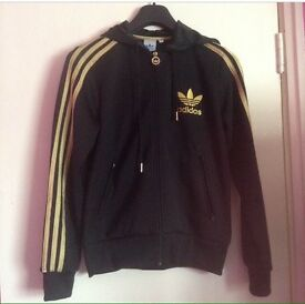 Black and hold adidas jumper