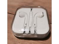 Official New Apple EarPods Earphones with Headphone Plug