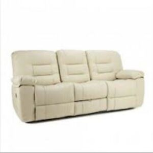 Reclining buy or sell a couch or futon in calgary for Sofa bed kijiji calgary