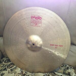 Rare Paiste 2002 deep full ride 22 pouces