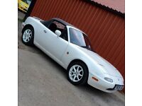 Mazda 1.8 MX5 MK1 Rare U.K. White. Drift race or resto project clean canvas to make it your own!