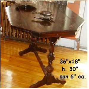 Table Antique Estampillé Beautiful Folding Table over 100 yr old