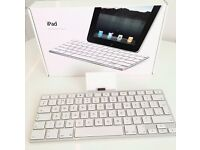 Genuine Apple iPad 1st and 2nd gen keyboard and dock. Module A1359