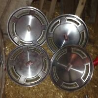 Cutlass Supreme Hubcaps