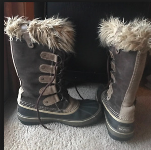 SOREL BOOTS, Bottes, gr. 9 (ou 41) Joan Of ARCTIC ,Hawk Brown
