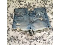 GENUINE HOLLISTER Vintage Bleached Distressed Denim Shorts