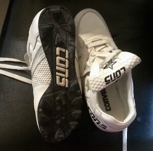 "Mens ""Adidas""Rugby cleats & ""CONS"" Womens baseball Cleats.(EUC). Stratford Kitchener Area image 2"