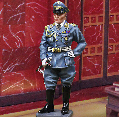 THE COLLECTORS SHOWCASE WW2 GERMAN CS00930 LUFTWAFFE GENERAL GOERING MIB