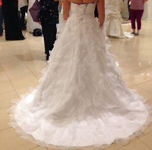 Brand new Mia solano wedding dress  London Ontario image 3