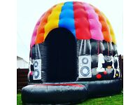 DEALS! Disco Dome/HOT TUB