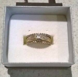 Womens wedding/engagement ring Millbridge Dardanup Area Preview