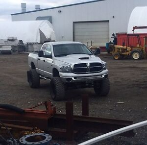 2007 Ram 1500 Hemi LOW KM'S Certified and Etested