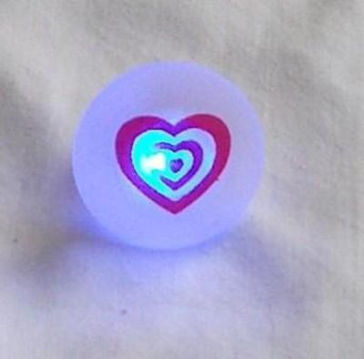 1 pcs Heart Love Multi Color Flashing LED Blinky Ring Great Gift item Brand NEW