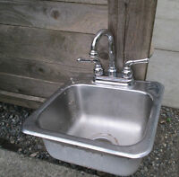 Mini Bar Sink and Faucet