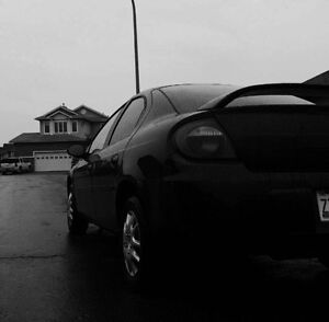 Selling dodge neon 2004 sx2.0