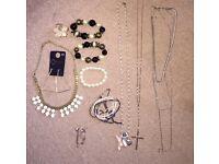 Costume jewellery bundle (3 Pics)