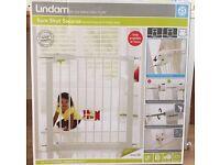 Lindam Sure Shut Securus Safety Stair Gate