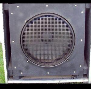 HAUT-PARLEURS 18 POUCES ELECTRO-VOICE EVM-18B