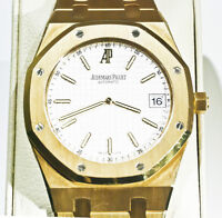 ONE MEN'S 18 K YELLOW GOLD ROYAL OAK AUDEMARS PIGUET WATCH