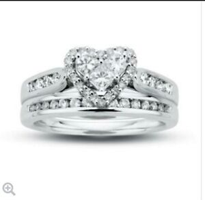 Wanted: Diamond Heart Wedding Set